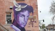 Pop-Ikone Prince mischte vor seinem Tod im April 2016 Fentanyl mit anderen Schmerzmitteln.