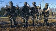 Bundeswehrsoldaten bei der Grundausbildung in Mecklenburg-Vorpommern: Sind die Standards der Ausbildung zu niedrig?