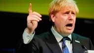 """Der britische Premierminister Boris Johnson vergleicht sich selbst mit dem """"unglaublichen Hulk"""", der sich aus seinen Fesseln befreit."""