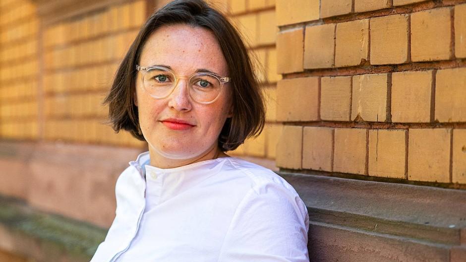 Dialog auch mit Corona-Spaziergängen: Anna Schoeppe, Geschäftsführerin der HessenFilm und Medien GmbH
