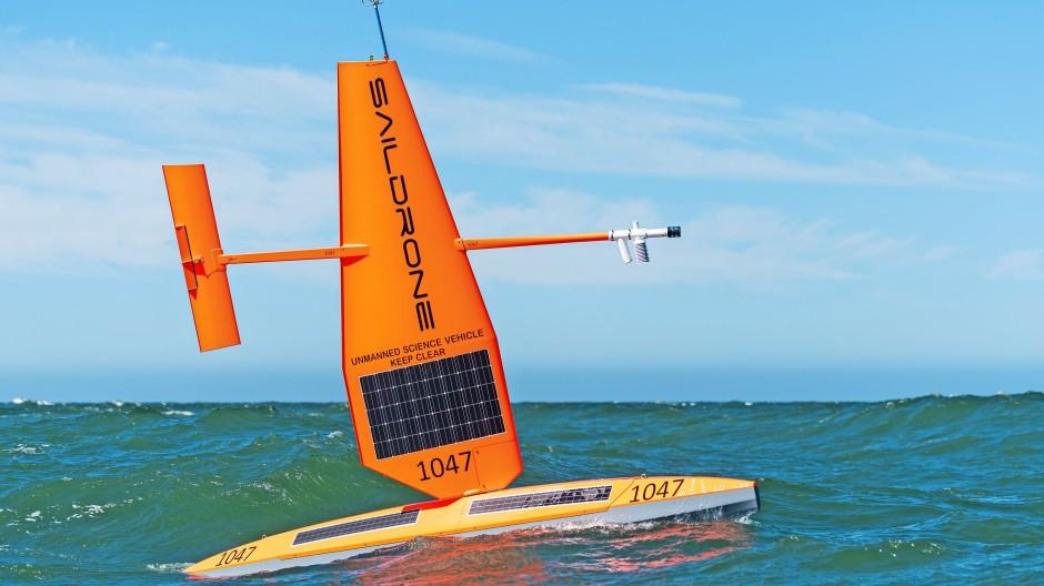 Der Skipper bleibt an Land: unbemanntes Solarboot