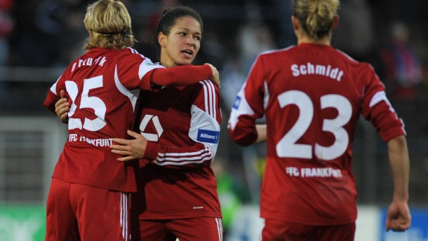 Frankfurt, Freiburg, Essen und Sand im Halbfinale