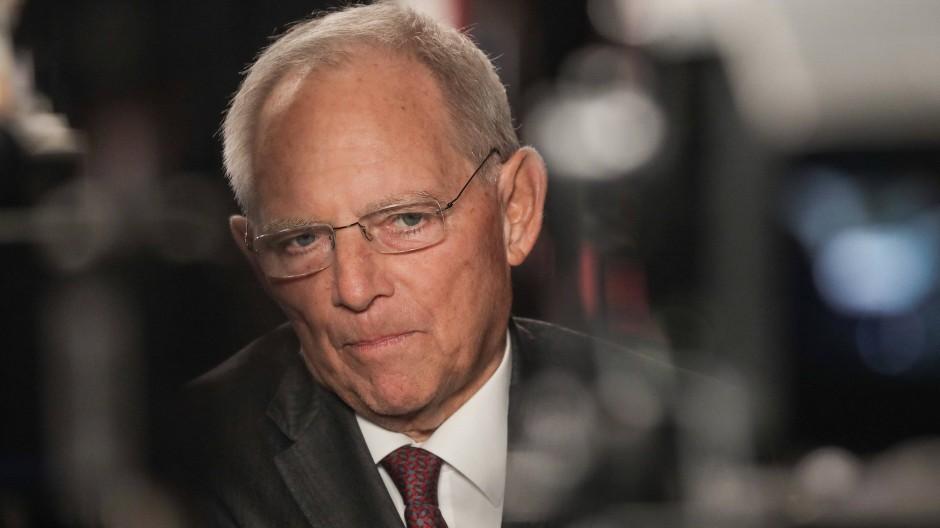 Bundestagspräsident Wolfgang Schäuble (CDU), hier im Dezember auf dem CDU-Parteitag in Hamburg