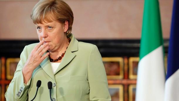 Merkel schweigt zur Bitte Karlsruhes