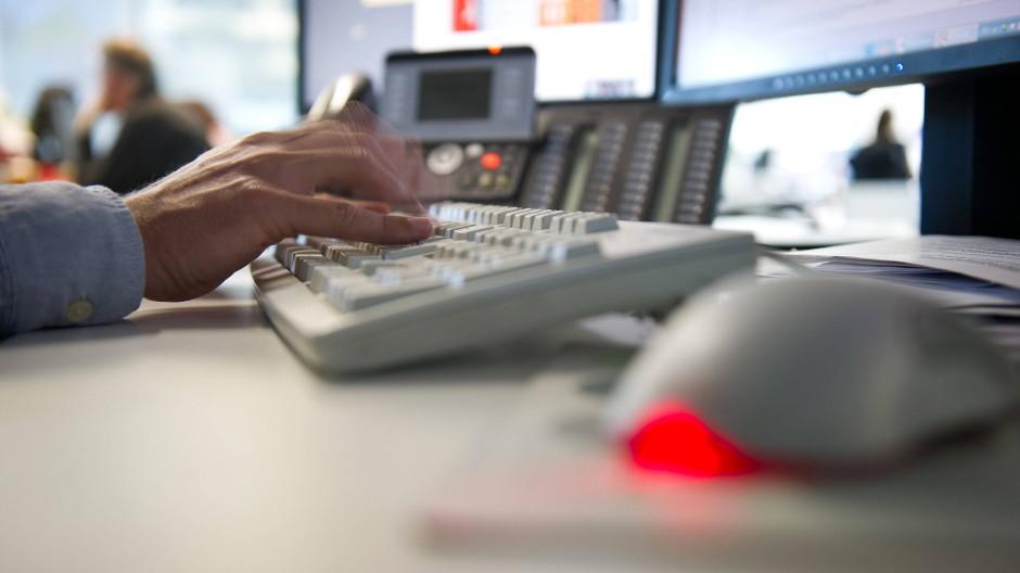 Entlassung wegen privater Internetnutzung nicht rechtens