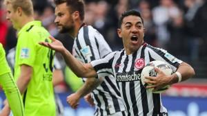 Fabián erlöst die Eintracht