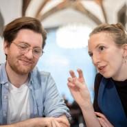 """Einsatz für mehr Demokratie: Dominik Herold und Johanna Kocks vom Verein """"Mehr als wählen"""""""