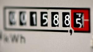 Stromversorger müssen sich auf Rückzahlungsforderungen einstellen.