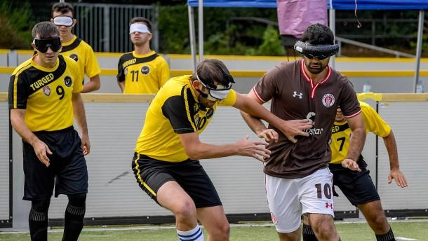 Blindenfußballer Celebi gewinnt Wahl zum Tor des Monats