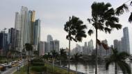 Behörden rund um die Welt ermitteln mittlerweile wegen der Tausenden Briefkastenfirmen in Panama.