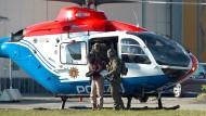 Mit dem Hubschrauber zum Flughafen: Die Abschiebung von Mounir al Motassadeq beginnt in Hamburg.