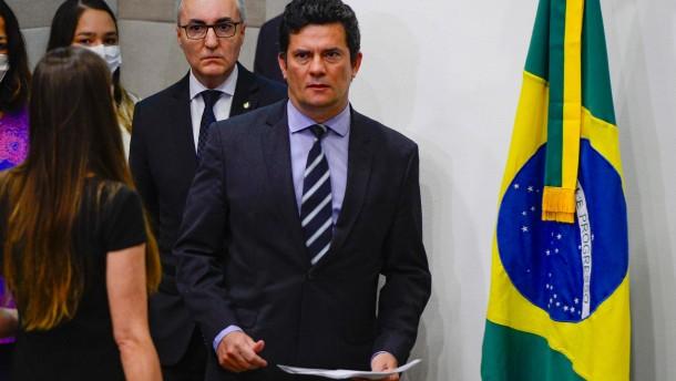 Justizminister wirft Bolsonaro Einflussnahme auf Polizei vor