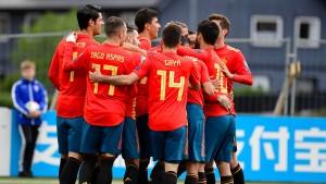 Spanien und Polen mit drittem Sieg