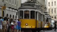 Überraschung in Lissabon: Selbst Portugal verkaufte unlängst sehr kurz laufende Staatsanleihen mit negativer Rendite.