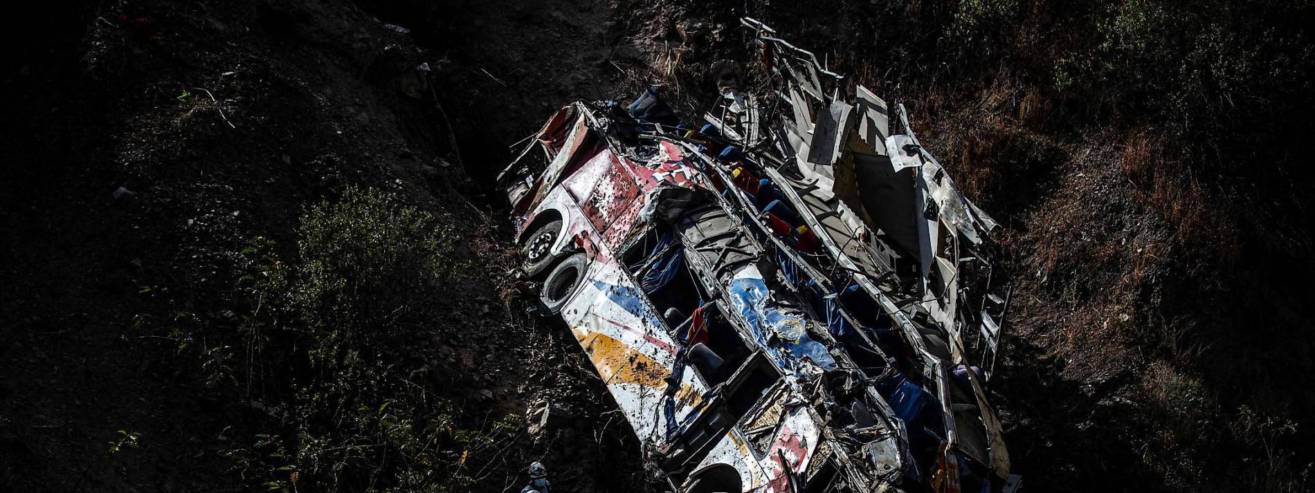 Mehr als 30 Tote bei Busunglück in Peru