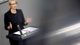 Karliczek soll politische Verantwortung übernehmen