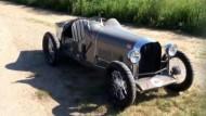 Bugatti aus Holz