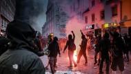 Linksextreme, die durch die Straßen zogen und randalierten, prägten das Bild des G20-Gipfels in Hamburg.