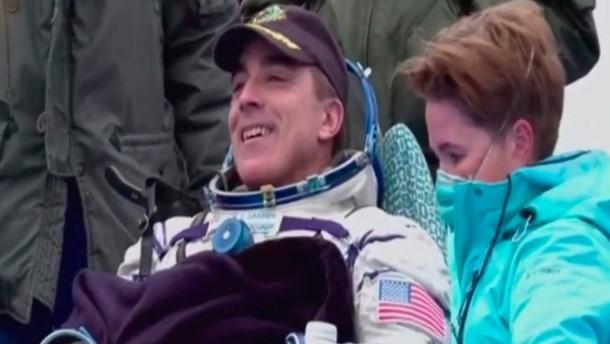 Drei ISS-Raumfahrer zurück auf der Erde