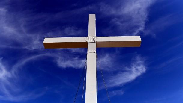 Das Selbstbestimmungsrecht der Religionen in die Zeit stellen
