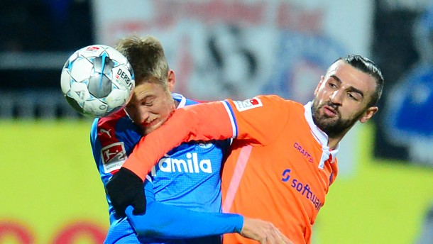 Darmstadts punktet in Kiel, Dynamo schöpft Hoffnung