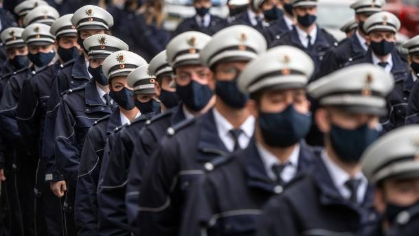 Die Polizei, dein Punchingball und Hassobjekt