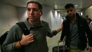 Großbritannien setzt Gefährten von Greenwald fest