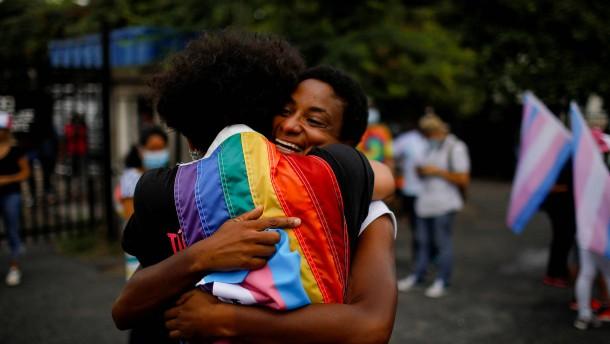 Demonstration gegen Homophobie und Transphobie
