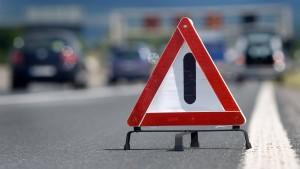 Achtjähriger rast mit Wagen der Mutter über Autobahn