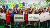 Wir sind viele, wir sind laut: Die Grünen-Spitzenpolitiker Baerbock, Giegold, Keller und Habeck (mitte) bei einer Veranstaltung vor der Europawahl