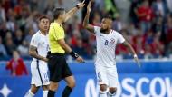 Auch bei Chile gegen Kamerun sorgte der Videobeweis für Verwirrung und Diskussion.