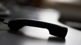 Telefonbetrüger ergaunern Zehntausende Euro von Seniorin