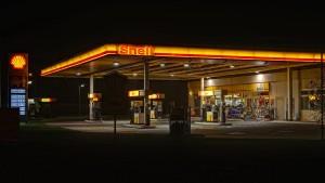 Gehen an der Tankstelle bald die Lichter aus?