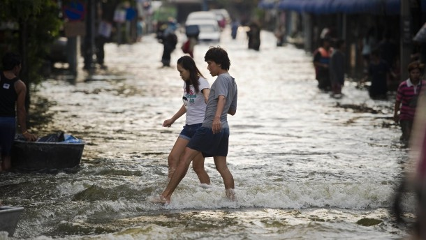 Thailands Industrie versinkt in den Fluten