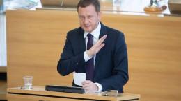 Kretschmer gegen schärfere Corona-Regeln für Sachsen