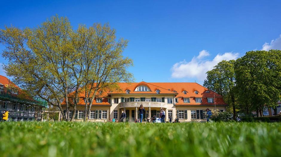 Das Schulzentrum Marienhöhe in Darmstadt verzeichnete in diesem Schuljahr deutlich mehr Anfragen.