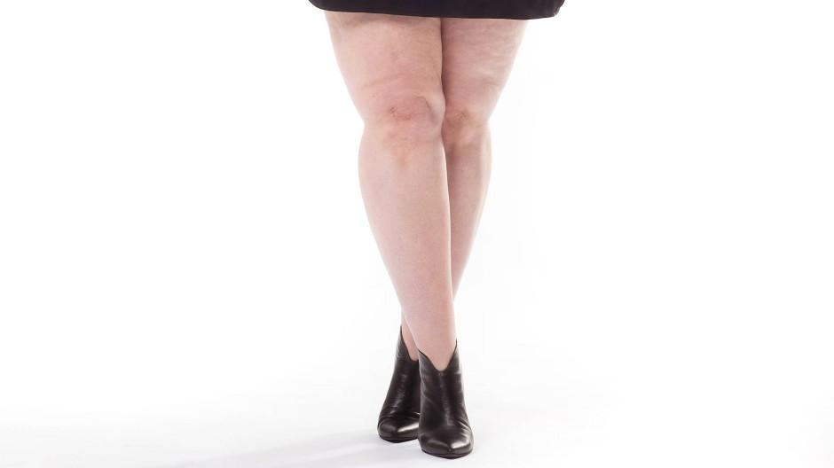 kurzen rock und dicke beine