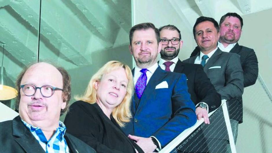 Ehemaliges Beraterteam (von links): Jürgen Richter, Hannelore Richter, Ansgar Dittmar, Panagiotis Triantafillidis, Murat Burcu und Klaus Roth.