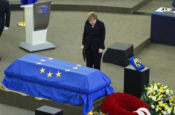 Kohls Erzfeindin Merkel