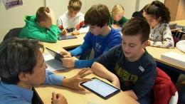 Lehrer und Schüler hoffen auf Digitalpakt