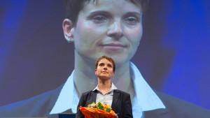 Petry gewinnt Machtkampf bei der AfD