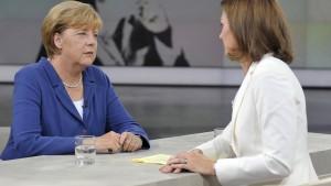 Merkel: Flüchtlinge werden uns mehr beschäftigen als Griechenland