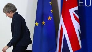 May könnte Votum zum Brexit-Abkommen auch absagen