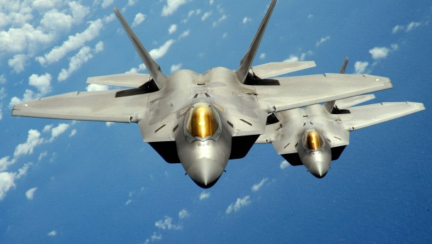 Amerika schickt Tarnkappen-Kampfjets nach Europa