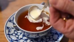 Speiseröhrenkrebs-Risiko steigt durch zu viel heißen Tee