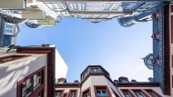 Blick auf Häuserfassaden in der neuen Altstadt von Frankfurt am Main