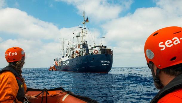 Sea-Eye rettet 40 Menschen vor Libyen