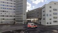 Kommt da ein Scheich zur Hüft-OP gefahren? Im Stuttgarter Klinikum könnte das der Fall sein.