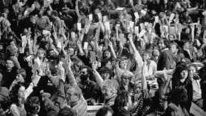 Historisches E-Paper: 25. Oktober 1989 - Warum die Grünen über die Wiedervereinigung streiten