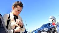 Amanda Knox am Flughafen in Milan